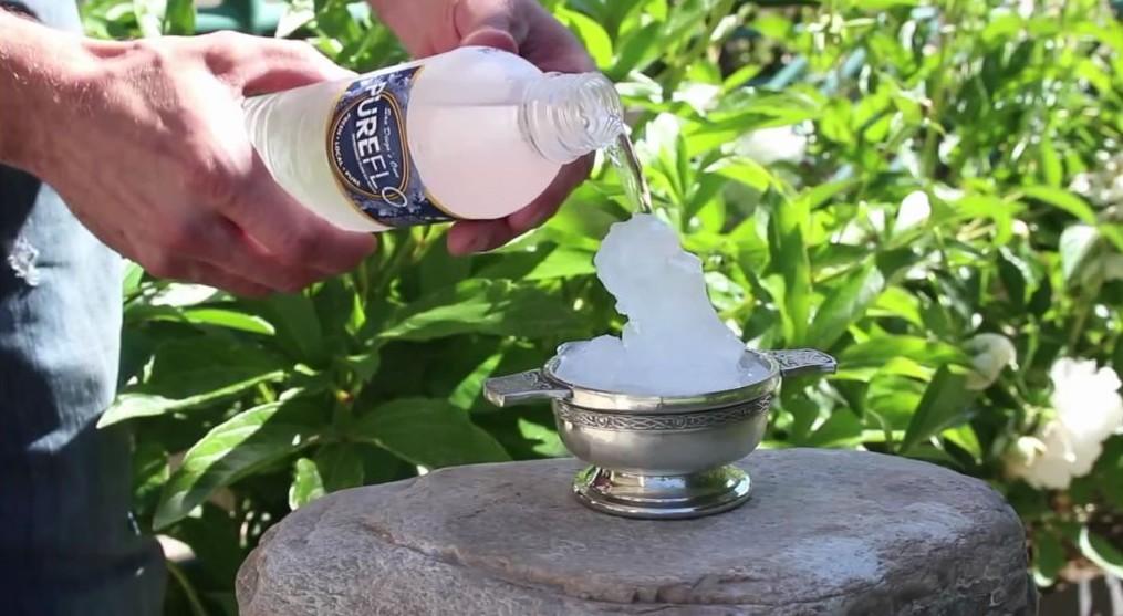 gel instantané de l'eau surfusion